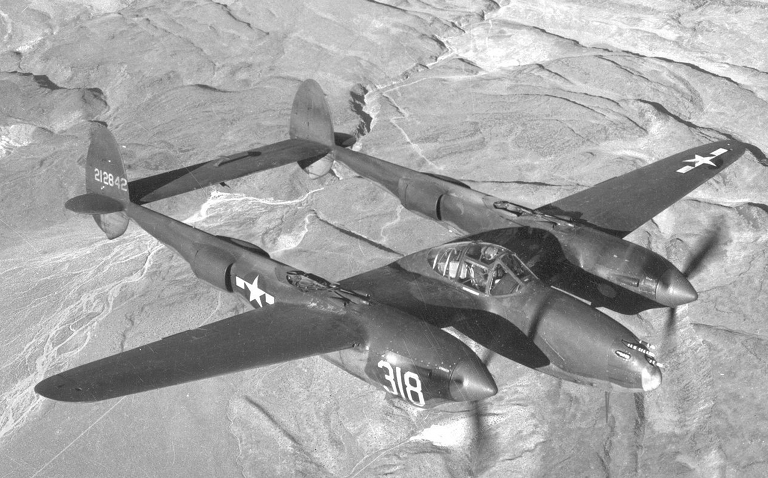 P 38 Airplane Battles