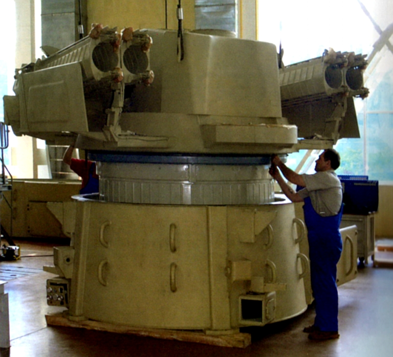 OUR PICTORIAL PAGE  - Page 2 96K6-Pantsir-S1-Turret-Assy-1S